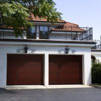 Brama Garażowa Segmentowa NICE DESIGN - AUTOMATYCZNA - MAHOŃ